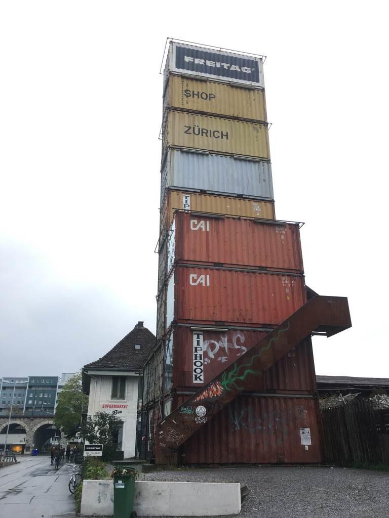 Der FREITAG-Tower in Zürich