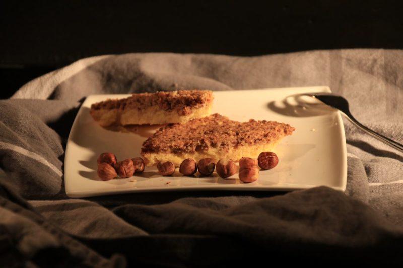 Haselnuss-duftige Nussecken mit leckerem Ahornsirup