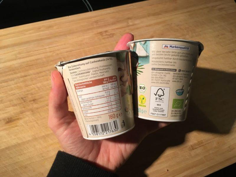 Der Joghurt ist durch Hocherhitzung haltbar gemacht.