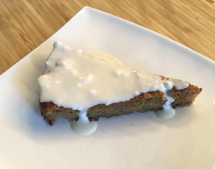 Vegane Ostern mit diesem Möhrenkuchen-Rezept!